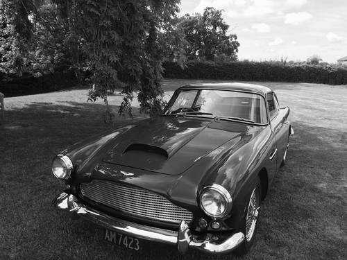 Aston Martin DB4 Series II 1960 For Sale (picture 1 of 6)
