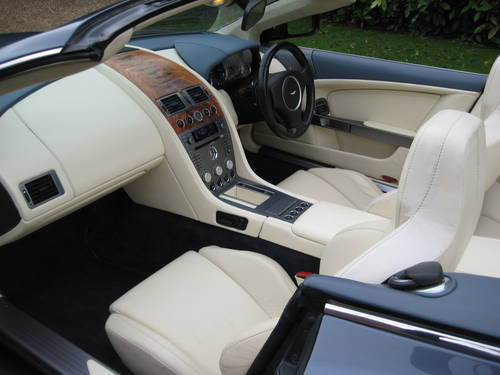2006 Aston Martin DB9 Volante With Only 29,000 Miles From New For Sale (picture 3 of 6)