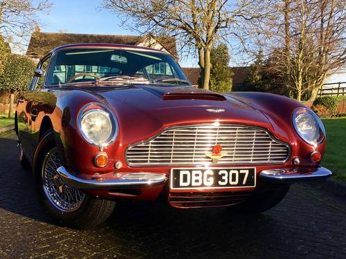 1969 Aston Martin DB6 Mark I Saloon For Sale (picture 1 of 6)