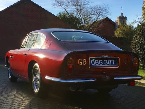 1969 Aston Martin DB6 Mark I Saloon For Sale (picture 3 of 6)