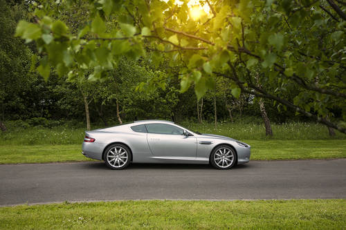 Aston Martin DB9 2005 SOLD (picture 2 of 6)