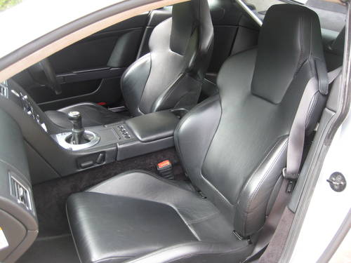 2006 Aston Martin Vantage V8 With Full Aston Main Agent History For Sale (picture 4 of 6)