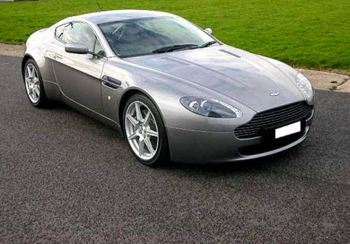 Aston Martin V8 Vantage For Hire (picture 1 of 4)
