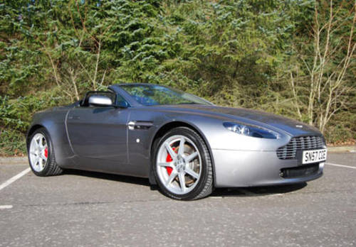 Aston Martin V8 Vantage Roadster For Hire (picture 1 of 4)