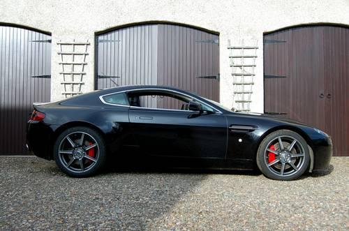 2007 Aston Martin V8 Vantage SOLD (picture 1 of 6)