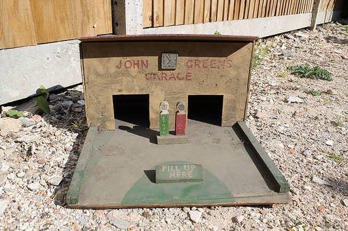 A Wonderful Example Of A 1930's Period Filling Station  For Sale (picture 2 of 5)
