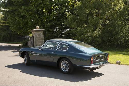 1968 Aston Martin DB6 MKI SOLD (picture 2 of 6)