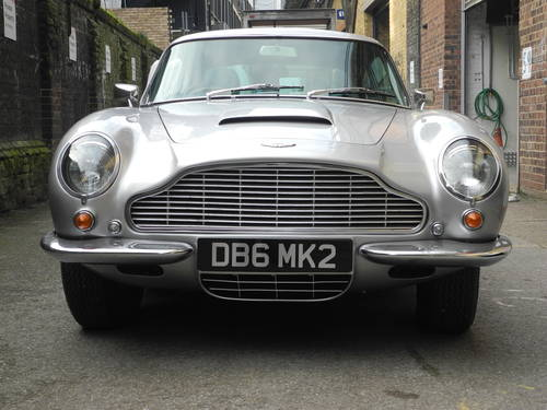 1970 Aston Martin DB6 Mk2 For Sale (picture 2 of 5)