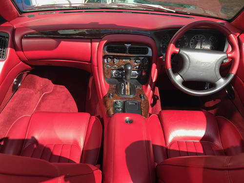 1996 Aston Martin DB7 Volante - 55.500 miles since new SOLD (picture 3 of 6)