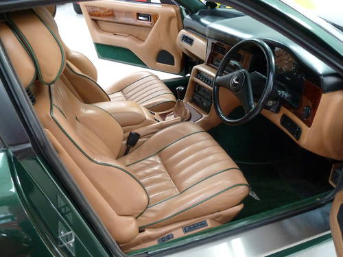 1990 Aston Martin Virage - Full History & Manual Transmission SOLD (picture 5 of 6)