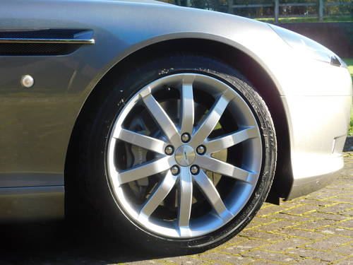 2005 Aston Martin DB9 Coupe For Sale (picture 4 of 6)