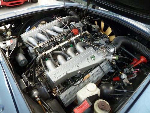 1986 Aston Martin V8 EFI Automatic -  A Superior & Rare Example SOLD (picture 6 of 6)