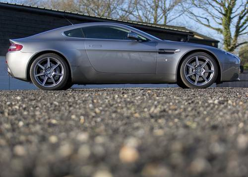 2006 Aston Martin V8 Vantage 21,000 miles SOLD (picture 3 of 6)