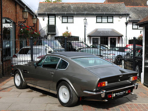 Aston Martin V8 Saloon with X Pack Specification Engine  For Sale (picture 2 of 6)