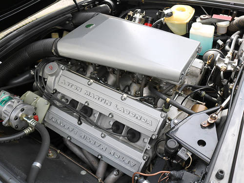 Aston Martin V8 Saloon with X Pack Specification Engine  For Sale (picture 3 of 6)