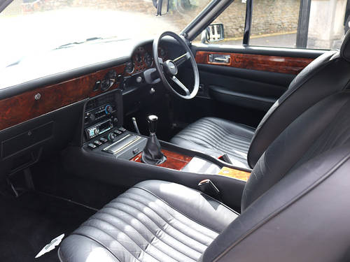 Aston Martin V8 Saloon with X Pack Specification Engine  For Sale (picture 4 of 6)