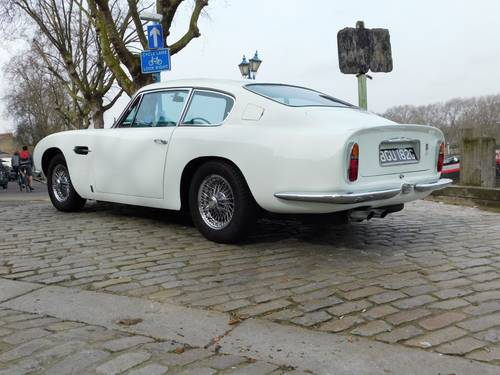 1969 Aston Martin DB6 Vantage RHD For Sale (picture 3 of 6)