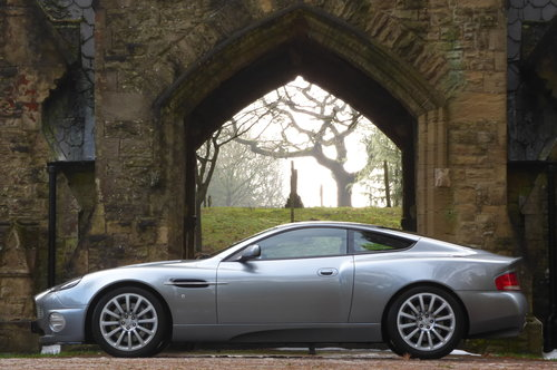 2002 Aston Martin Vanquish 5.9 V12 (Just 13176 miles) For Sale (picture 4 of 6)