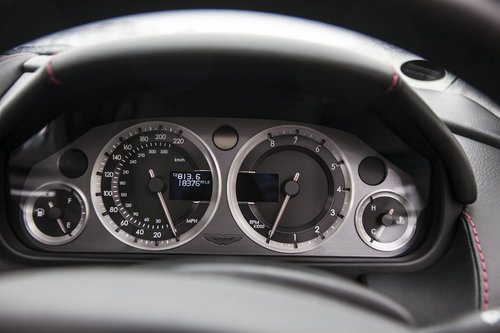 2009 Aston Martin V8 Vantage Roadster SOLD (picture 6 of 6)