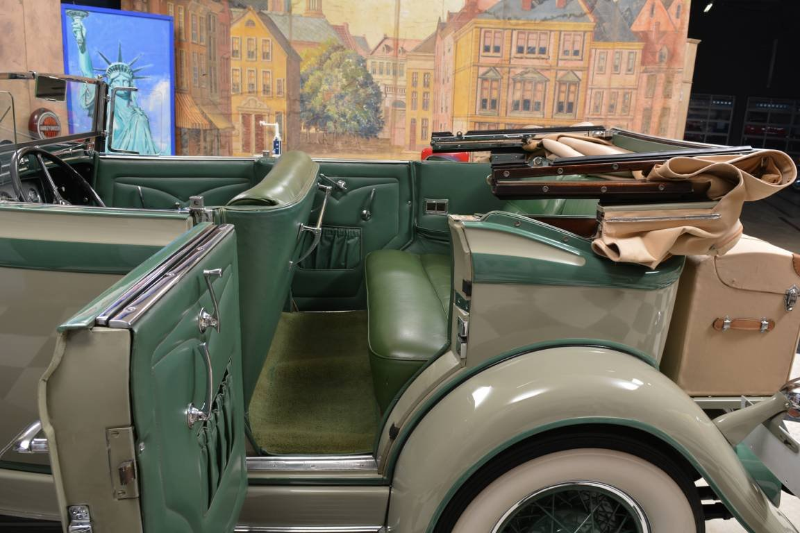 1933 Auburn 8-101 Phaeton Sedan / Top Restauriert For Sale (picture 4 of 6)