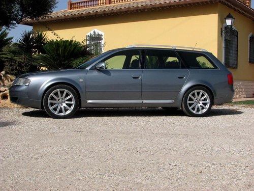 2001 Audi S6 Avant Quattro Sport 340ps 4.2L V8 6-gang s For Sale (picture 1 of 6)