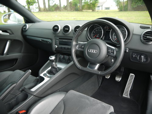 2008 Audi TT 2.0 TFSI Exclusive Line 3dr **STUNNING** FREE AA WAR SOLD (picture 6 of 6)