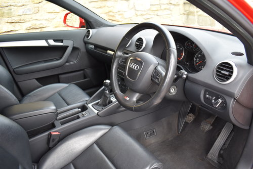 2010 S Line, Quattro Leather, Xenons SOLD (picture 4 of 6)