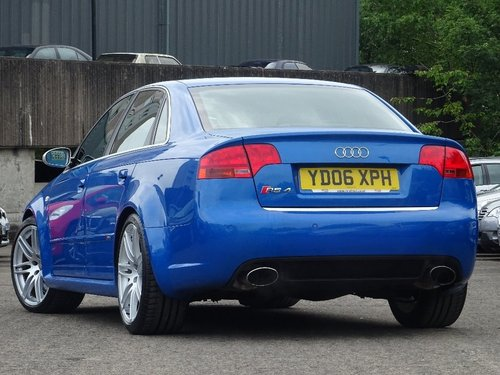 2006 Audi RS4 Saloon 4.2 Quattro 4dr SPRINT BLUE + HUGE SPEC For Sale (picture 2 of 6)