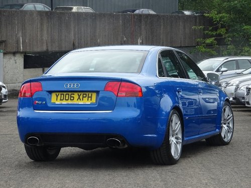 2006 Audi RS4 Saloon 4.2 Quattro 4dr SPRINT BLUE + HUGE SPEC For Sale (picture 3 of 6)