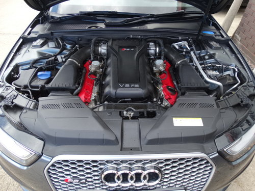 2012 62 AUDI RS4 4.2 QUATTRO WITH SPORTS PACK For Sale (picture 5 of 6)