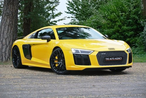 2016 AUDI R8 V10 PLUS QUATTRO **FANTASTIC SPEC** For Sale (picture 1 of 6)