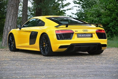 2016 AUDI R8 V10 PLUS QUATTRO **FANTASTIC SPEC** For Sale (picture 2 of 6)