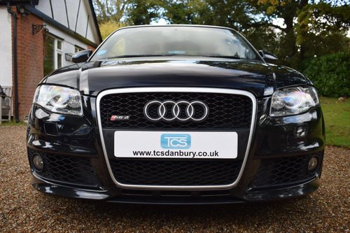 2007 AUDI RS4 Cabriolet with full AUDI service history! SOLD (picture 4 of 6)