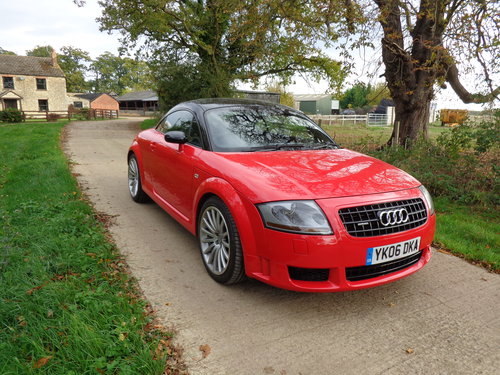 2006 AN IMMACULATE AUDI TT QUATTRO SPORT WITH ONLY 37,000 MILES! For Sale (picture 1 of 6)
