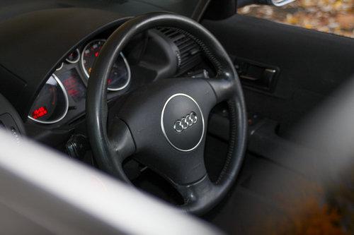Audi A2 2005 1.6 FSi Sport rare high spec Ex. demo For Sale (picture 2 of 6)