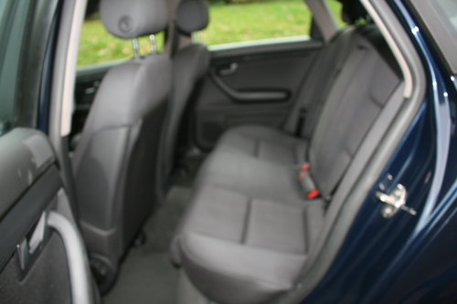 Audi A4 1.9 TDi SE.. 130 BHP.. 6-Speed.. Low Miles & FSH SOLD (picture 4 of 6)