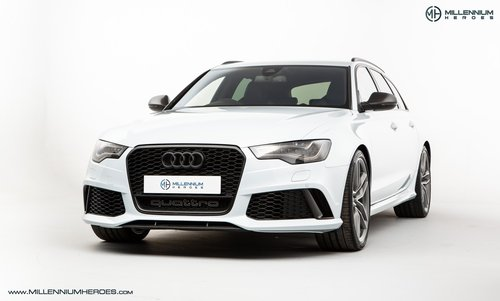 2013 AUDI RS6 AVANT // DYNAMIC PLUS PACK // CERAMIC BRAKES For Sale (picture 1 of 6)