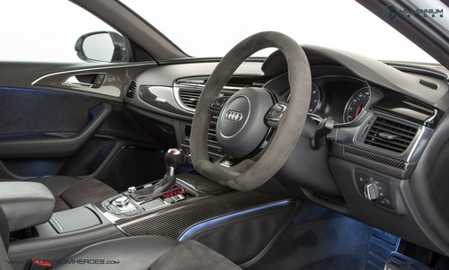 2013 AUDI RS6 AVANT // DYNAMIC PLUS PACK // CERAMIC BRAKES For Sale (picture 4 of 6)