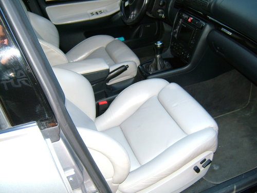 2000 AUDI RS4 B5 AVUS SILVER LHD For Sale (picture 6 of 6)