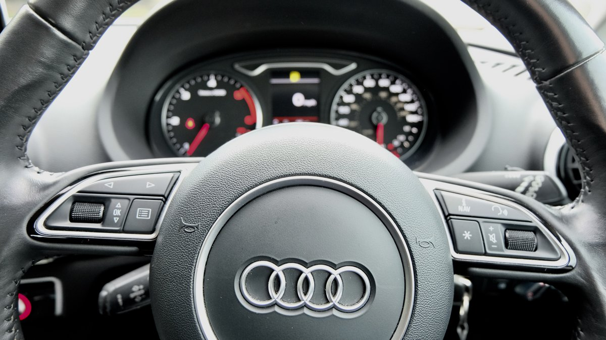 AUDI A3 1.6 TDI SPORT 2014 BLACK For Sale (picture 6 of 6)
