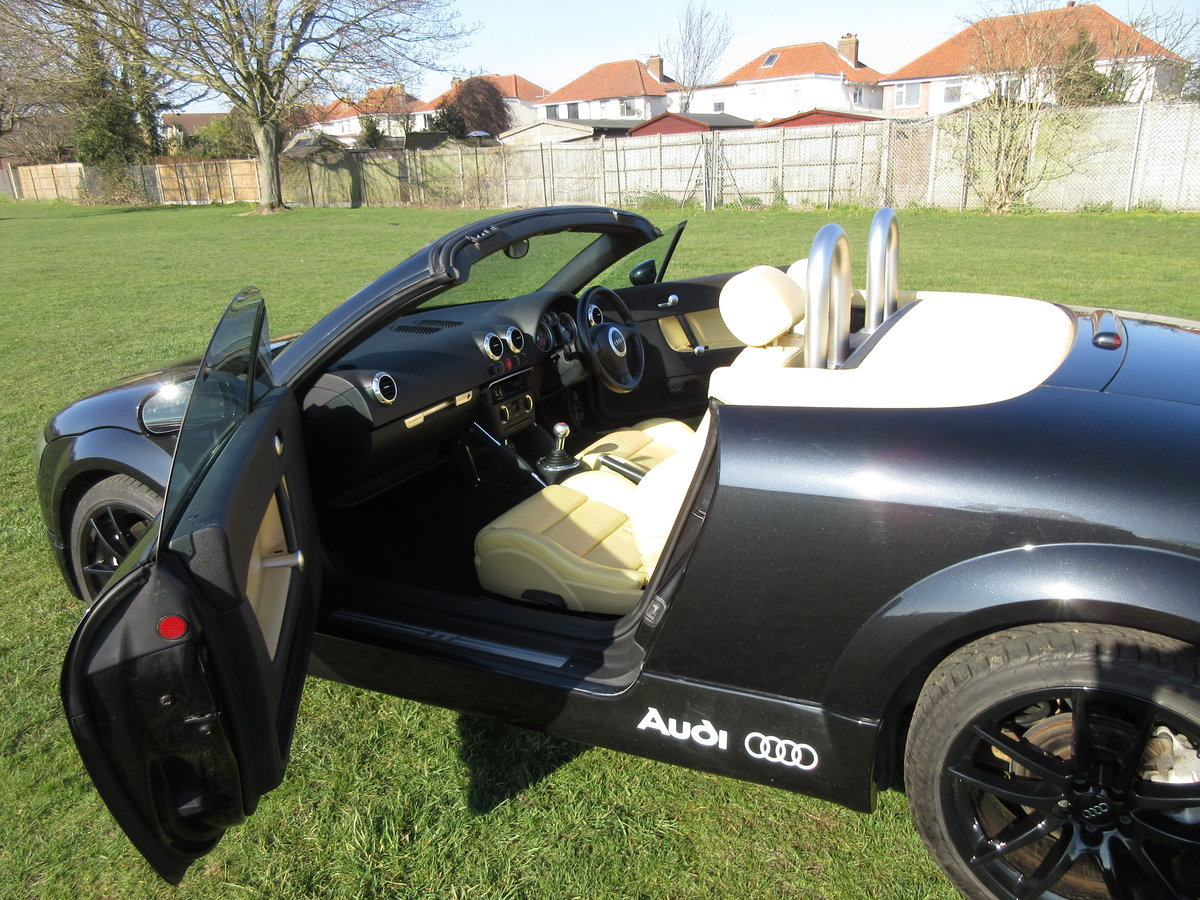 2004 Audi TT Mk1 8N 3.2 Manual with full Votex For Sale (picture 3 of 6)