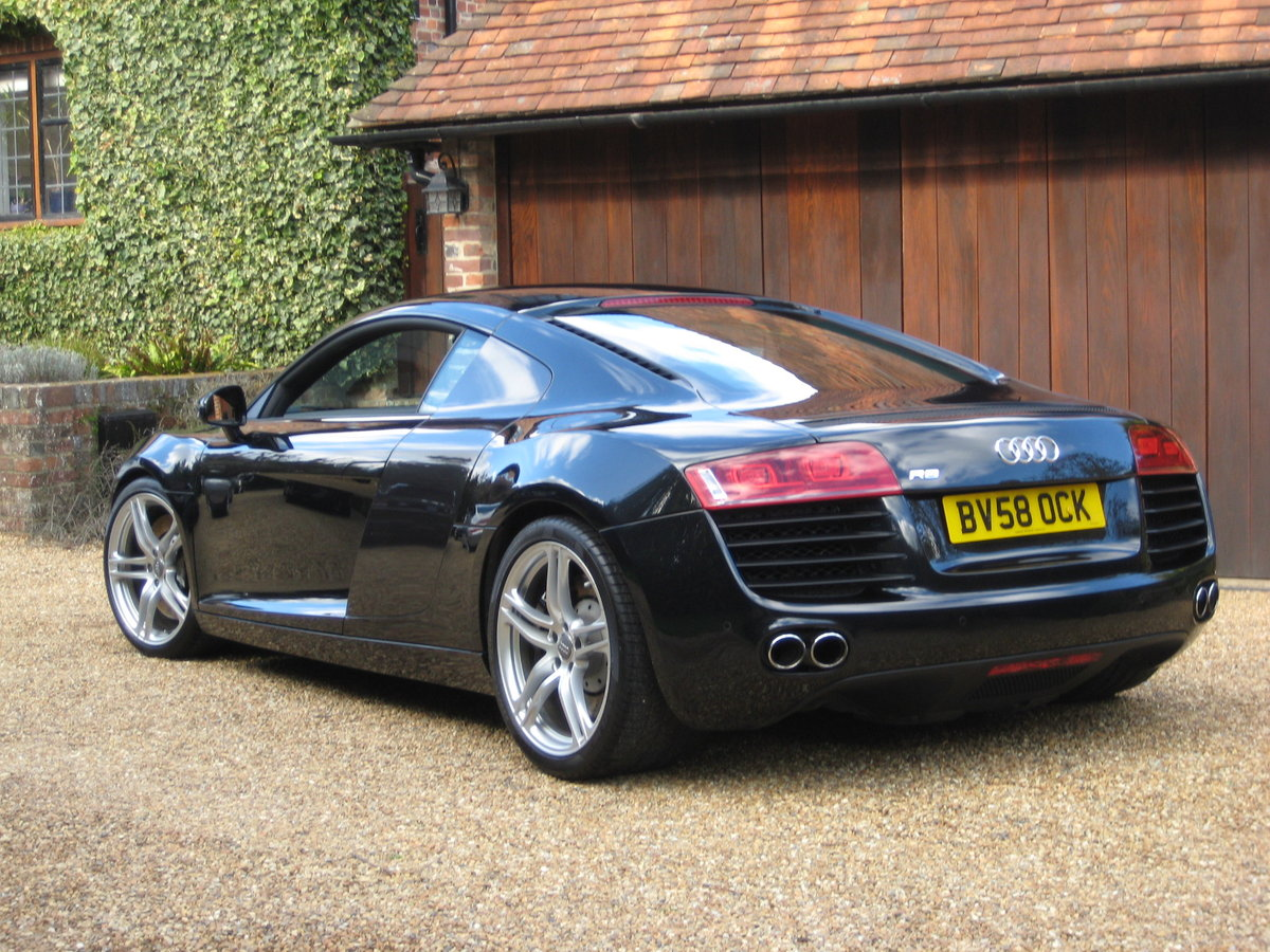2008 Audi R8 Quattro 6 Spd Manual With Only 27,000 Miles From New For Sale (picture 5 of 6)