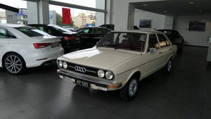 Here is my Audi 80GL 1974 1.5 in showr