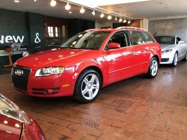 2006 Audi  = clean Red driver 36k miles $12.9k