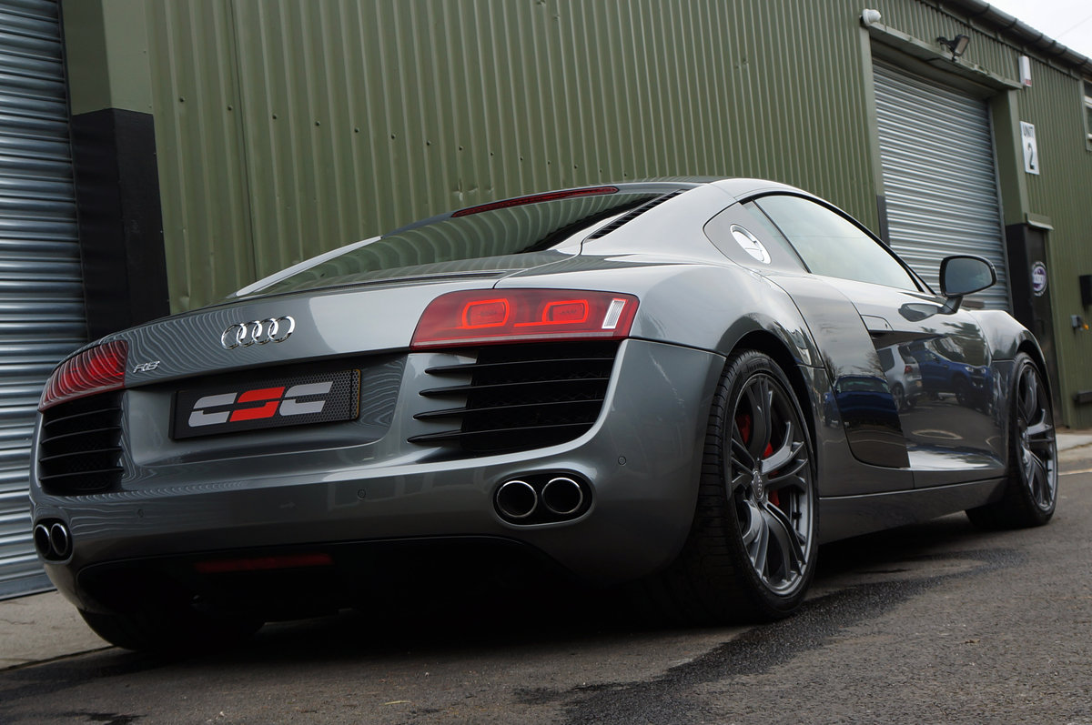 2012 Audi R8 4.2 V8 Le Mans Edition, Manual, 25k, FASH, Mag Ride. For Sale (picture 2 of 6)