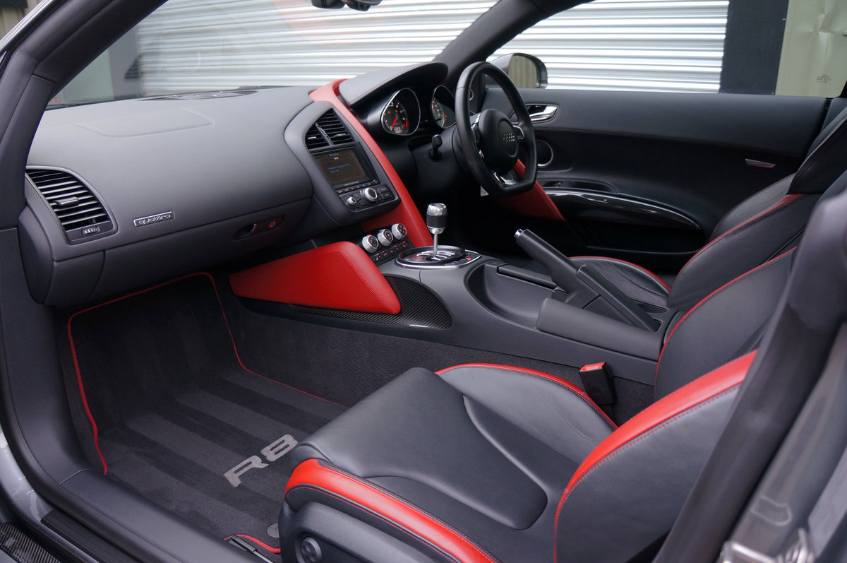 2012 Audi R8 4.2 V8 Le Mans Edition, Manual, 25k, FASH, Mag Ride. For Sale (picture 5 of 6)