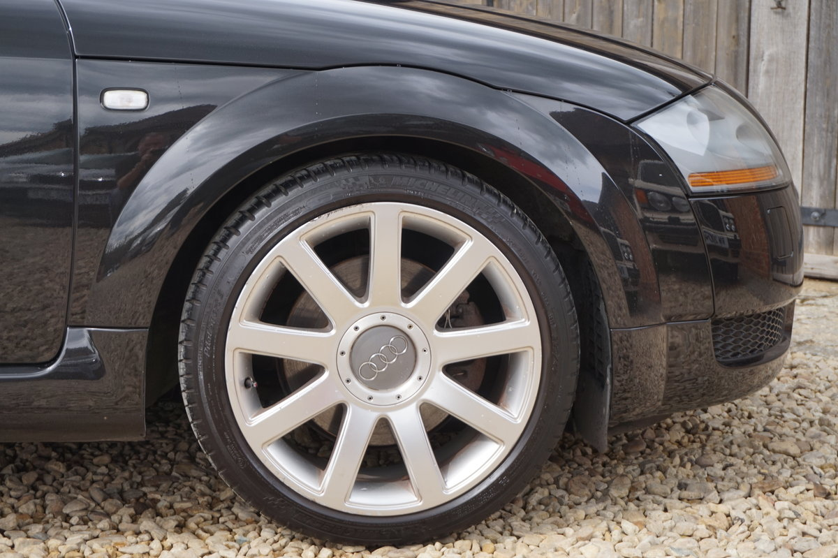 2003 AUDI TT 1.8T 225BHP QUATTRO BLACK WITH RED LEATHER For Sale (picture 3 of 6)