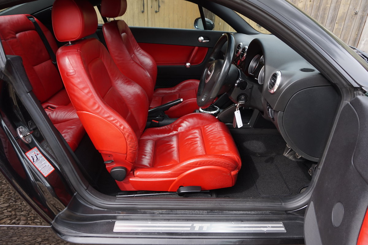 2003 AUDI TT 1.8T 225BHP QUATTRO BLACK WITH RED LEATHER For Sale (picture 6 of 6)
