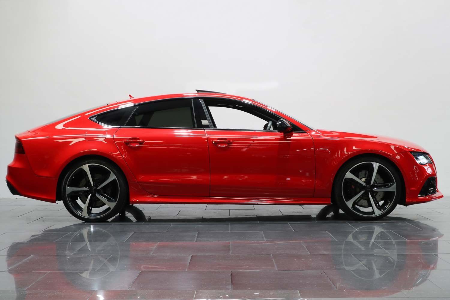 2014 AUDI RS7 SPORTBACK 4.0 TFSI V8 QUATTRO S TRONIC For Sale (picture 2 of 6)