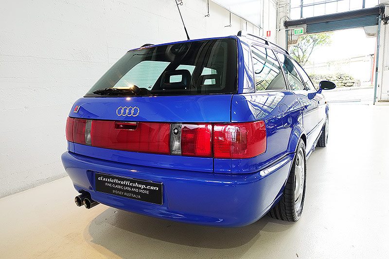 1995 one of just 182 RHD cars, low mileage, full history, books… SOLD (picture 2 of 6)